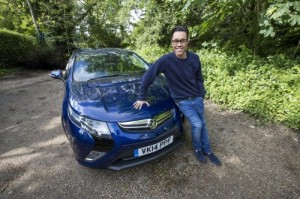 75883 Gok Wan and the Vauxhall Ampera