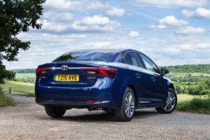 2015-Avensis-saloon-exterior-static-8
